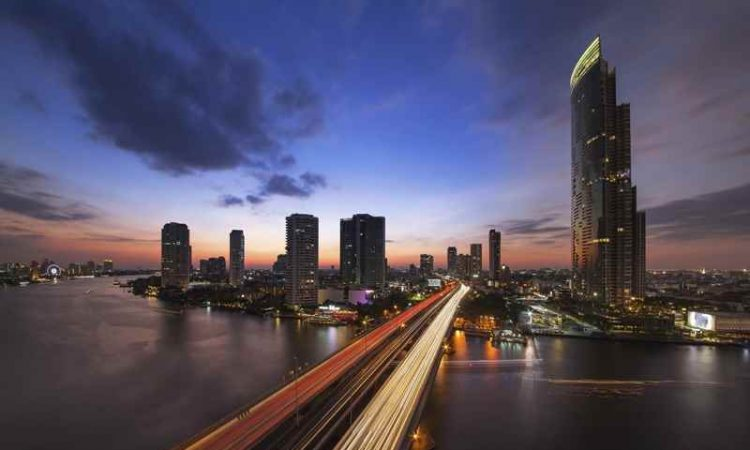 Cheap Flights from Kelowna to Bangkok