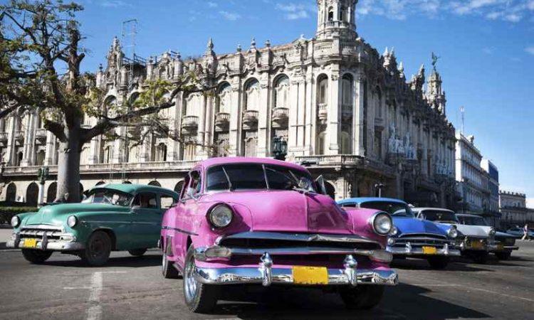 Cheap Flights from Thunder Bay to Cuba