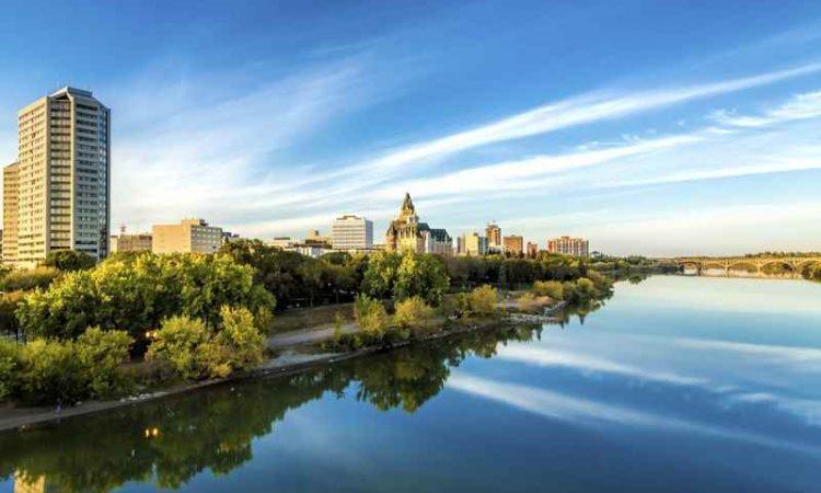 Cheap Flights from Thunder Bay to Regina