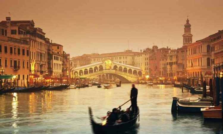 Cheap Flights from Winnipeg to Italy