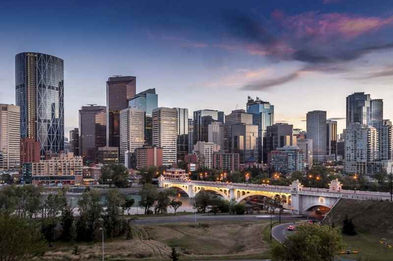 Cheap Flights from Los Angeles to Edmonton