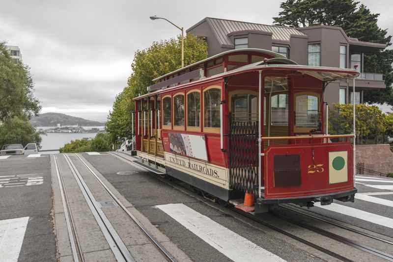 Cheap Flights from Yellowknife to San Francisco